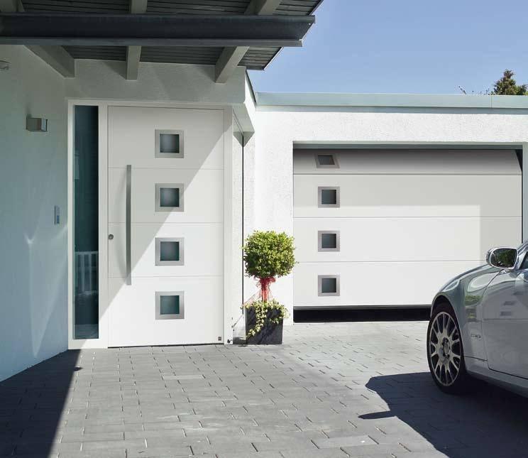 Puerta garaje y entrada a juego-min